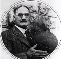James Naismith. Padre del baloncesto